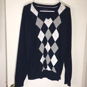 Tommy Hilfiger men's long sleeve sweater